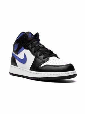 Кроссовки Air Jordan Mid Kids. Цвет: белый