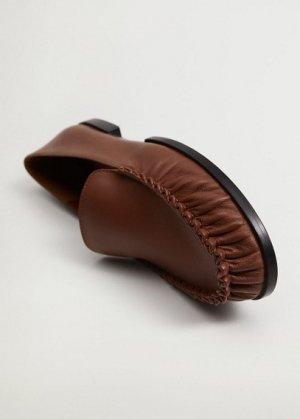 Кожаные мокасины со сборками - Tunez Mango. Цвет: коричневый средний
