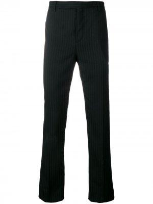 Классические брюки в полоску Saint Laurent. Цвет: черный
