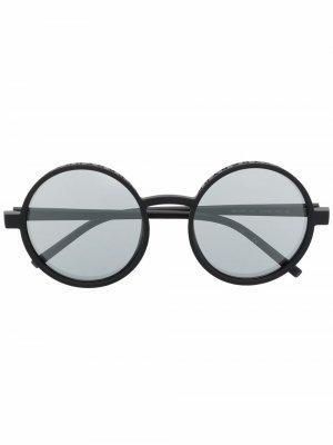 Солнцезащитные очки с тисненым логотипом DKNY. Цвет: черный