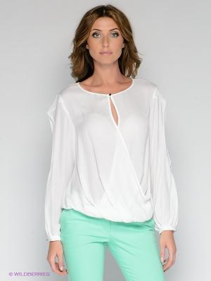 Блузка BOVONA. Цвет: белый