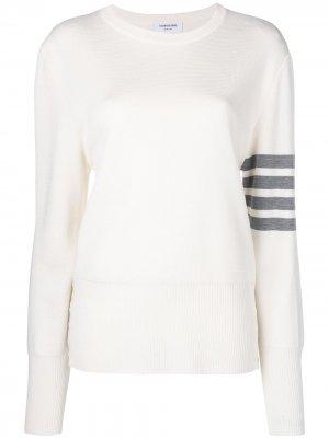 Пуловер Milano с полосками на рукаве Thom Browne. Цвет: белый