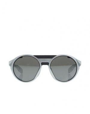 Солнечные очки OAKLEY. Цвет: серебристый