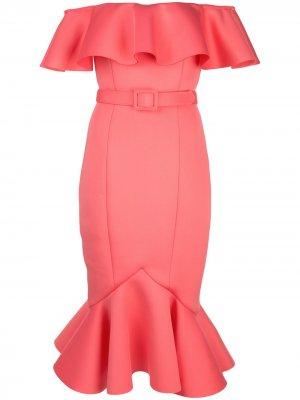 Платье с открытыми плечами и оборками Badgley Mischka. Цвет: розовый