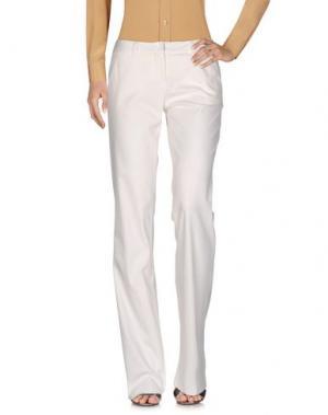Повседневные брюки GERANI. Цвет: белый