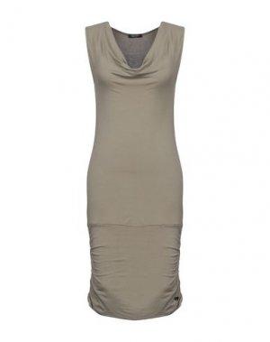 Платье до колена FRED MELLO. Цвет: хаки