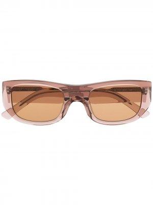 Солнцезащитные очки в прямоугольной оправе AMBUSH. Цвет: коричневый