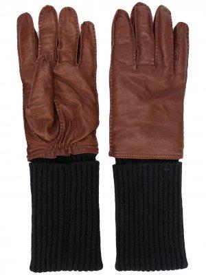 Перчатки с эластичными вставками AMI Paris. Цвет: коричневый