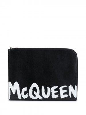 Logo-print document holder Alexander McQueen. Цвет: черный