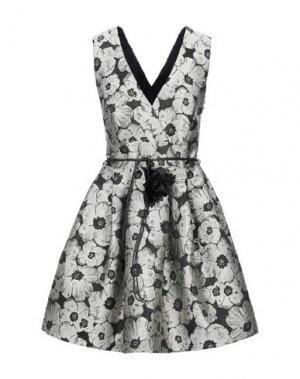 Короткое платье RINASCIMENTO. Цвет: светло-серый