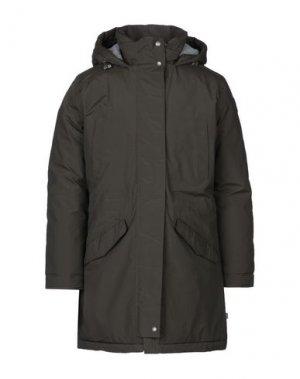 Пальто NAPAPIJRI. Цвет: темно-зеленый