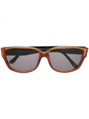 Солнцезащитные очки в квадратной оправе Krizia Pre-Owned. Цвет: коричневый