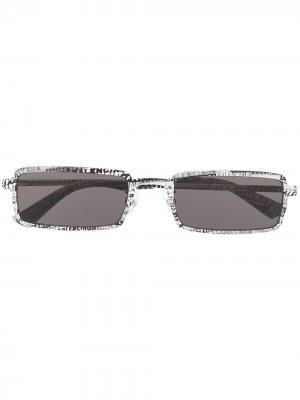 Logo print rectangular-frame sunglasses Balenciaga Eyewear. Цвет: черный