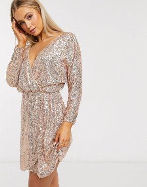 Золотисто-розовое платье мини с пайетками, глубоким вырезом и длинными рукавами -Золотой Club L London