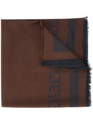 Шарф с логотипами и бахромой Fendi. Цвет: коричневый