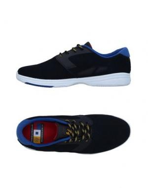 Низкие кеды и кроссовки ÉS. Цвет: темно-синий