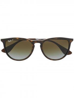 Круглые солнцезащитные очки черепаховой расцветки Ray-Ban. Цвет: коричневый