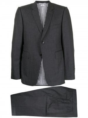 Костюм-тройка с однобортным пиджаком Thom Browne. Цвет: серый