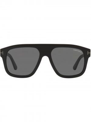 Солнцезащитные очки в массивной оправе TOM FORD Eyewear. Цвет: черный