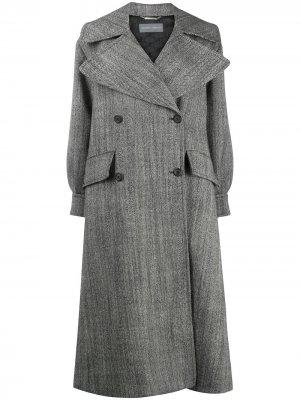 Пальто с косым воротником Alberta Ferretti. Цвет: серый