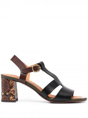 Босоножки на блочном каблуке Chie Mihara. Цвет: черный