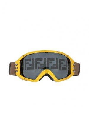 Солнечные очки FENDI. Цвет: охра