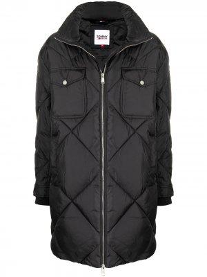 Стеганое пальто оверсайз Tommy Hilfiger. Цвет: черный