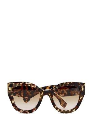 Очки FF в оправе из легкого черепахового ацетата FENDI (sunglasses). Цвет: коричневый