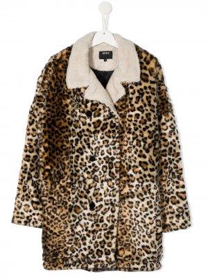 Леопардовая шуба из искусственного меха Dkny Kids. Цвет: коричневый