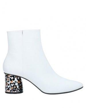 Полусапоги и высокие ботинки APEPAZZA. Цвет: белый