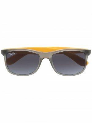 Солнцезащитные очки в квадратной оправе RAY-BAN JUNIOR. Цвет: серый