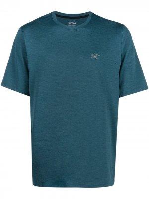 Arcteryx футболка с вышитым логотипом Arc'teryx. Цвет: синий