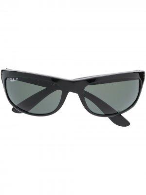 Солнцезащитные очки Balorama в прямоугольной оправе Ray-Ban. Цвет: черный