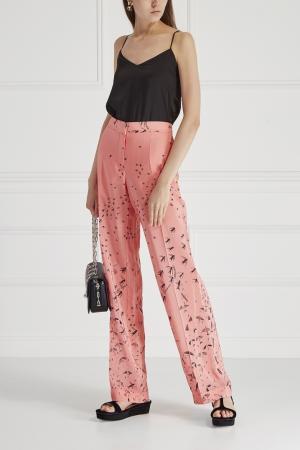 Шелковые брюки с принтом Valentino. Цвет: розовый