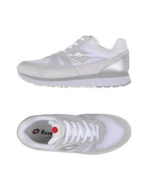 Низкие кеды и кроссовки LOTTO LEGGENDA. Цвет: белый
