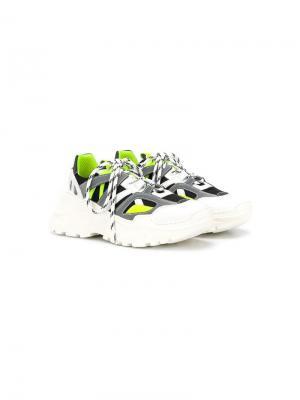 Кроссовки на шнуровке и платформе Cinzia Araia Kids. Цвет: белый