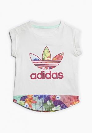 Футболка adidas Originals I GRPHC TEE. Цвет: белый
