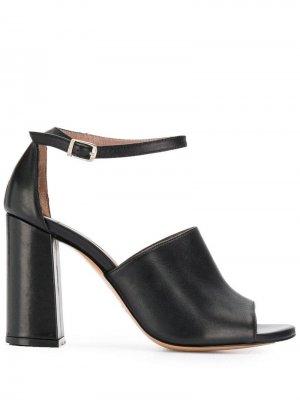 Босоножки с открытым носком Albano. Цвет: черный