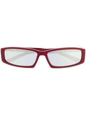 Солнцезащитные очки в прямоугольной оправе Balenciaga Eyewear. Цвет: красный