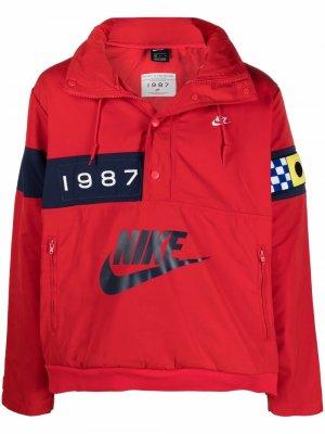 Куртка-анорак с логотипом Nike. Цвет: красный