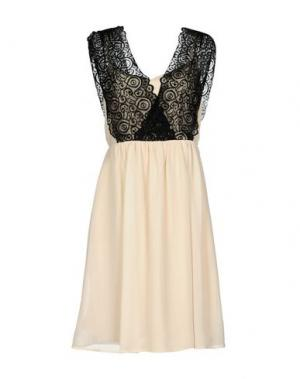 Короткое платье B.YOUNG. Цвет: черный