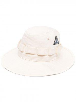 Шляпа с нашивкой-логотипом Jil Sander. Цвет: нейтральные цвета