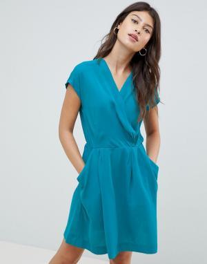 Короткое приталенное платье Louche. Цвет: зеленый