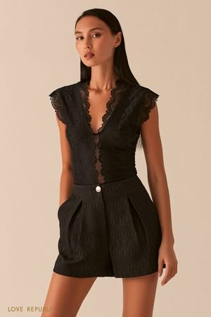 Кружевная блузка с V-образным вырезом LOVE REPUBLIC