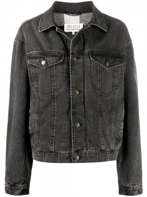 Джинсовая куртка с декоративной строчкой и логотипом Maison Margiela. Цвет: черный