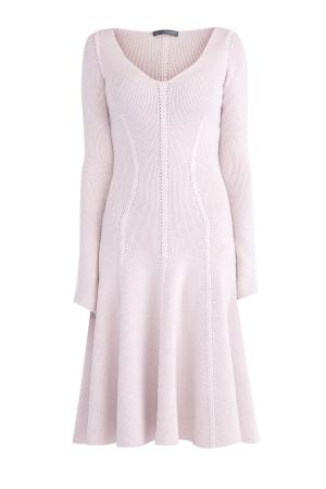 Платье приталенного кроя с объемными вязаными узорами ALEXANDER MCQUEEN. Цвет: бежевый