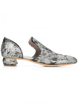 Слипперы с заостренным носком Sauvanne Officine Creative. Цвет: черный