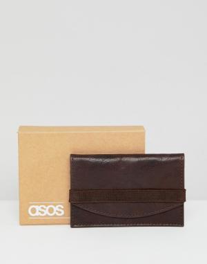 Коричневая кожаная визитница с отделкой в винтажном стиле ASOS DESIGN. Цвет: коричневый