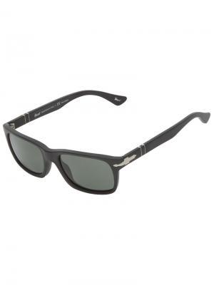 Солнечные очки в прямоугольной оправе Persol. Цвет: черный