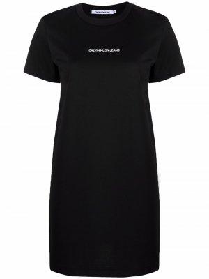 Платье-футболка с логотипом Calvin Klein Jeans. Цвет: черный